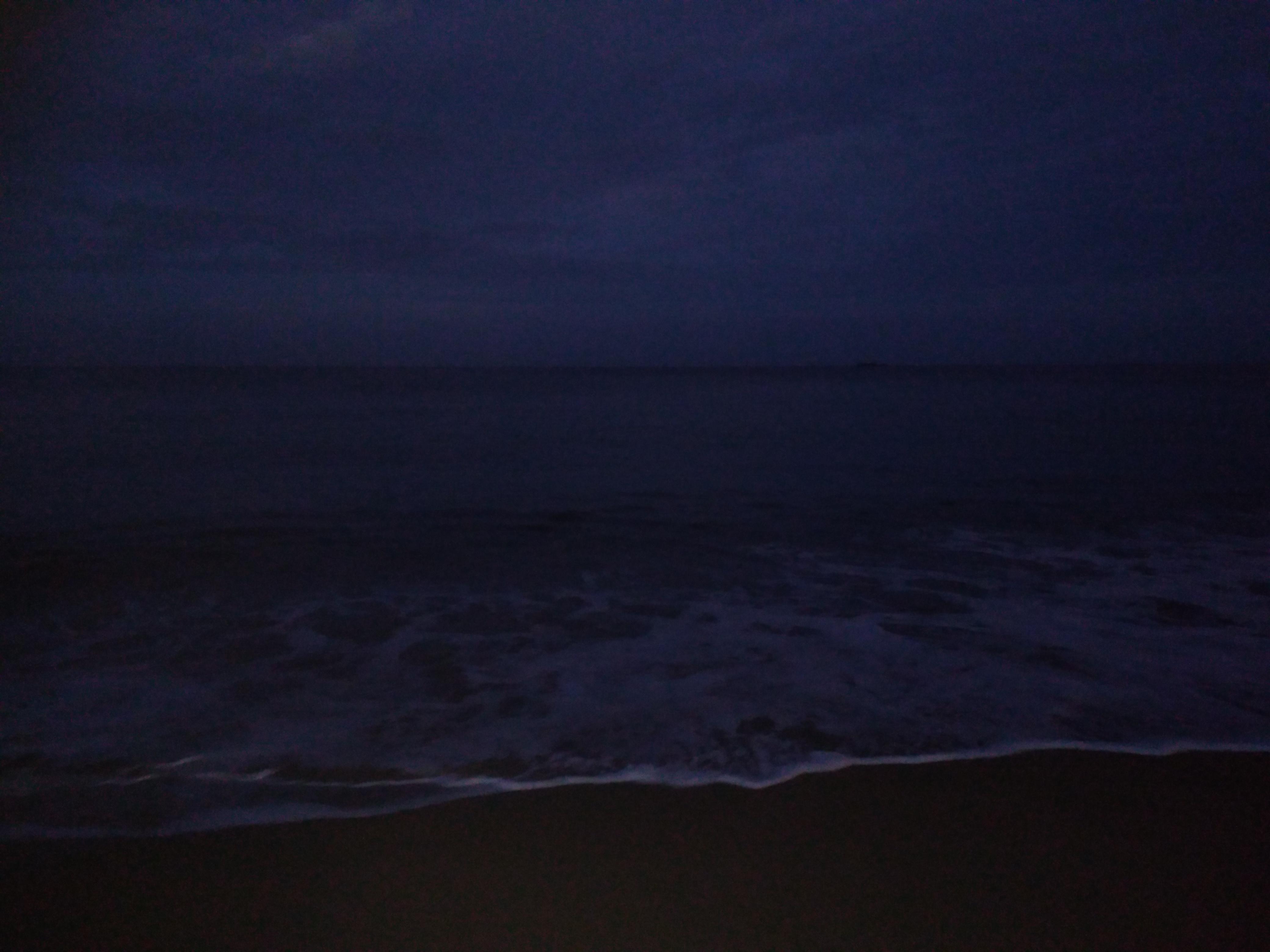 la mer à la nuit tombée